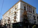 Kreschatyk metro rent 3-bedrooms apt Kyiv Prorizna street 10